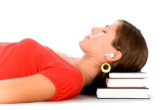 Nauka języka angielskiego przez sen