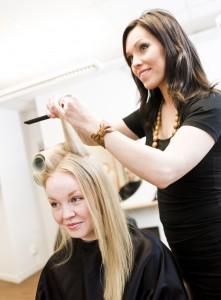 Czy warto iść do technikum fryzjerskiego?